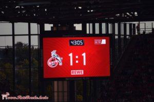 1.FC Köln weiter ohne Niederlage.